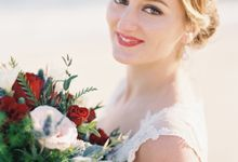 LUMINOUS & ETHEREAL BEACH WEDDING INSPIRATION by Savour Productions