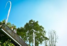 Beautiful in white by Maya Ubud Resort & Spa