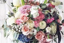 All Black Vase by Petalé Flowers