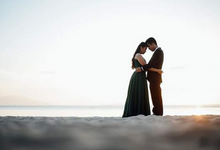 Feel The Love by Choi Alcabasa Photography