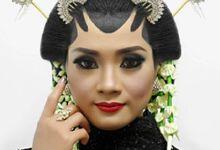 Wedding Traditional by Rias ID
