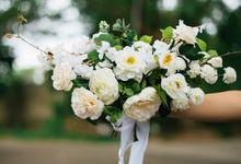 Artificial Garden Bouquet by Fleurioni Flowers