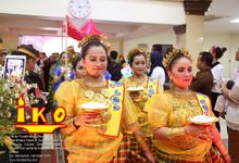 Tarian adat by IKO Catering Service dan Paket Pernikahan