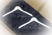 Love Birds Wedding Hanger Set by Thy Wedding Journal