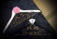 Wedding Carriage Inspired Hangers by Thy Wedding Journal