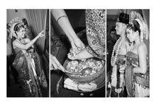 Iput & Oki Wedding by mrenofan photography