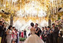 Windy & Stephanie Reception by PLAY photo