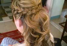 WEDDING HAIR STYLIST IN ROME ITALY by HAIR AND MAKEUP IN ROME ITALY