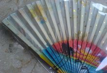 WEDDING SOUVENIR HAND FAN by Wedding Souvenir