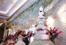 Noviani & Adhi Wedding at The Ballroom - Winter Wonderland Theme by Hilton Bandung