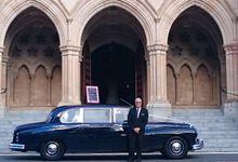 Classic Daimler major Magestic Wedding Car by Tic Tac Tours & Premier Limousines