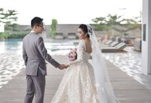 Wedding at Poolside by Alila Solo