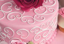 Exclusive cakes by Elizabeth's Cake Emporium