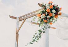 Elopement:Lily & Sam Wedding at Panoramic Clifftop by Amora Bali Weddings