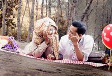 Prewedding Amin and Desy by Yossa Yogaswara Photography