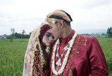 Riska and Dedy Wedding by Yossa Yogaswara Photography