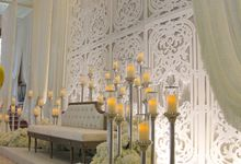 Weddings at Grand Salon Lobby Lounge by Palace of the Golden Horses