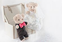 Glamorous wedding bear by Petite Crafts