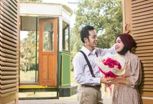 Pre-Wedding Nofi & Sigit by MonnaLisa Photography