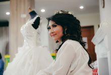 Angga & Wini Intan Wedding Day by PhiPhotography