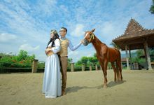 Efrata & Gandes - The Glamoure PreWedding by TranslaticLab