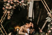Intimate Beach Wedding in Nusa  Dua, Bali by Hipster Wedding