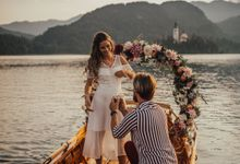 Proposal on the lake by Wedding Lake Bled