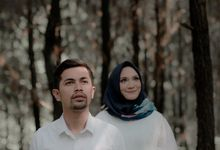 Prewedding Outdoor Session Of Lyla And Zen by Donny Photo