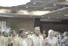 Dewi & Dika Wedding by HIS LIPI by LIPI Grand Ballroom