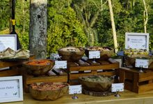 Vinisha and Tod - Padma Resort Ubud by Queen's Catering