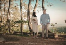 Pre Wedding of Ichwan & Desty by 1st Immagine Photo & Videography