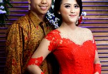 Engagament of Vika and Dicky by Yossa Yogaswara Photography