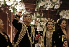Arini & Ariel Wedding by Maheswara