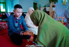 ENGGEMENT  Aziz & Ajeng by The Moment Photography