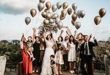 Intimate Beach Wedding by Hipster Wedding