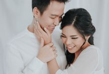 Chris & Evelym Indoor Prewedding by Lume Pictures