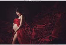 Maternity by LUMIERE moment.createur