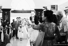 The Wedding of Santoso & Maya by Tati Photo