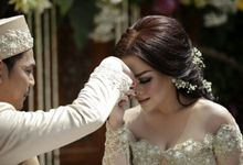 The Wedding Of Ajeng + Dedy by Wong Akbar Photography