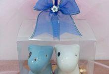 Wedding Souvenir by Dolphin Gift N Souvenir