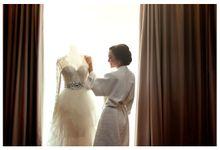 Wedding shot Novy + Harry by CREATIVA