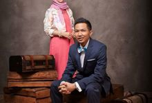 Bayu + Poppy - Engagament Photos by Spotlite Photography