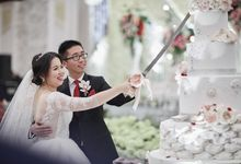 THE WEDDING OF ALWINE & ALICE by Menara Mandiri (Ex. Plaza Bapindo) by IKK Wedding