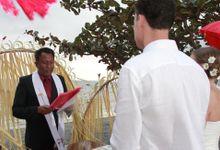 Beach Wedding by lombok wedding planner