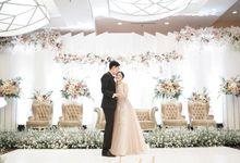 The Wedding of Amanda & Yosua by Amorphoto