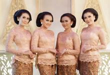 The Wedding Raden Roro Asri Ismaya  & Dwinanda by Adara Pager ayu