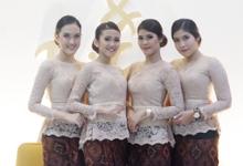 The Wedding of Miriani Holungo & Fikri by Adara Pager ayu