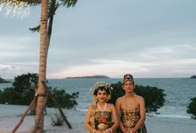 Adipati Dolken & Canti Tachril Beach Wedding by Sheraton Belitung Resort