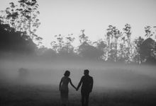 Fira & Andre Prewedding by Koncomoto
