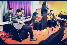 Acoustic Band by Scarbby Music